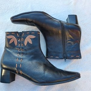 Alia Black Leather Ankle Boots size 10
